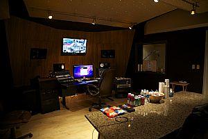 Superb Internship The Blue Room Recording Internships At Internweb Com Largest Home Design Picture Inspirations Pitcheantrous